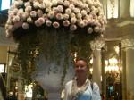 id:1089 : 2011-09-12/thumbs/my_rose_with_1001_roses_at_the_hotel_de_paris_of_monado_(500_x_375).jpg