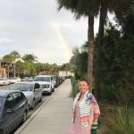 id:2614 : 2018-05-23/thumbs/h-a-p-p-y_under_ludky_rainbow_on_st._armands_dirdle!.jpg